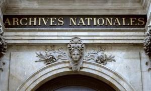 Le fronton des Archives Nationales