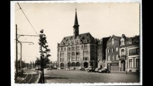 Avant d'être l'IUT, le bâtiment était l'hôtel des postes, ouvert en 1928... (photo Nord Eclair)