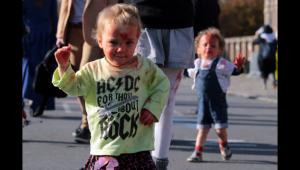 Un jeune zombie (photo Voix du Nord)